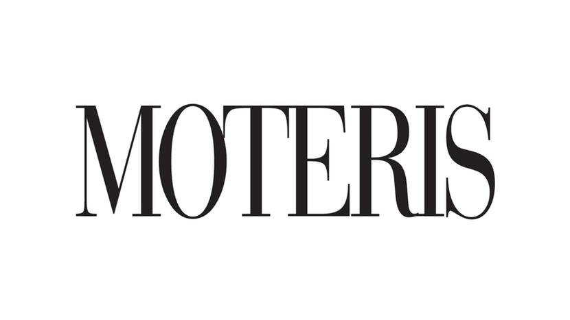 Moteris Magazine - Fashion Photographer